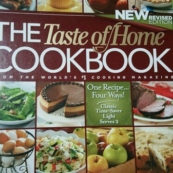 Photo of The Taste of Home Cookbook, Revised Edition uploaded by Adalgisa c.