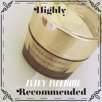 Estee Lauder Revitalizing Supreme Global Anti-Aging Creme uploaded by Emily Z.