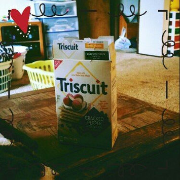 Photo of Nabisco Triscuit - Crackers - Baked Whole Grain Wheat Original uploaded by Jennifer S.