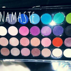 Modern Mattes - 28 Color Eyeshadow Palette uploaded by Paola R.