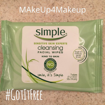 Photo of Simple Oil Balancing Cleansing Wipes uploaded by Neelam R.