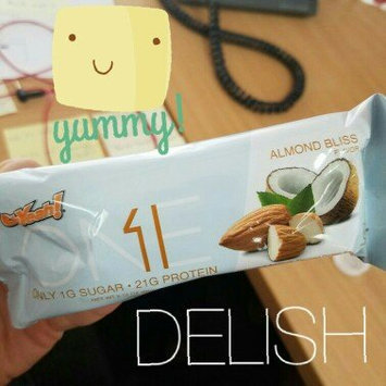 Photo of ISS Oh Yeah! ONE Bar - 12 Bars Almond Bliss uploaded by Elvira M.