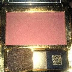 Estée Lauder Signature Silky Powder Blush uploaded by ali w.