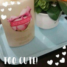 Photo of Victoria's Secret Pure Seduction Hydrating Body Lotion uploaded by erika r.