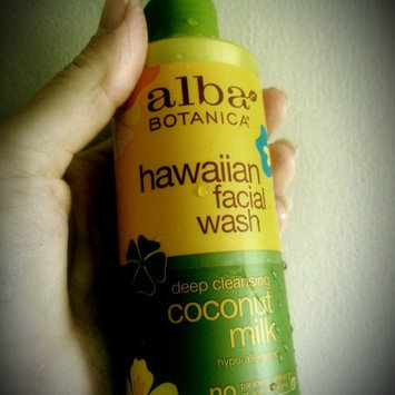 Alba Botanica Natural Hawaiian Facial Wash Coconut Milk uploaded by Lindsay A.