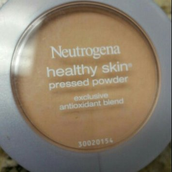 Neutrogena Healthy Skin® Pressed Powder uploaded by Melissa L.