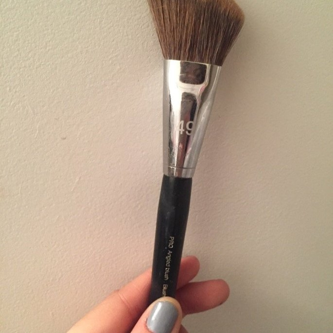 SEPHORA COLLECTION Pro Angled Blush Brush #49 uploaded by Christine D.