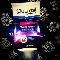 Clearasil Ultra Rapid Action Face Scrub uploaded by Keonna S.