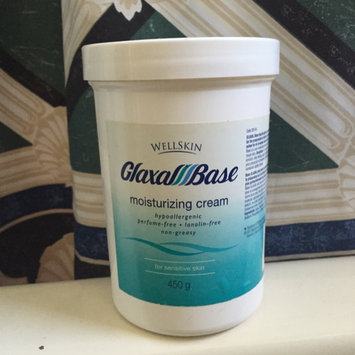 Photo of Glaxal Base Moisturizing Cream uploaded by Michelle T.
