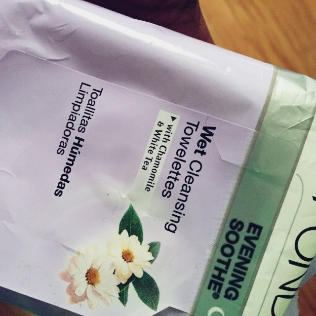 Pond's Exfoliating Renewal Wet Cleansing Towelettes 30 ct uploaded by Giselle E.