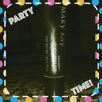 Photo of Mary Kay Concealer Ivory 1 uploaded by Lorena N.