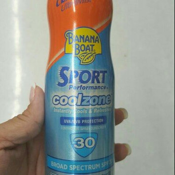 Photo of Banana Boat Sport Performance Clear UltraMist Coolzone Sunscreen Spray With SPF 50+ uploaded by Rosa C.