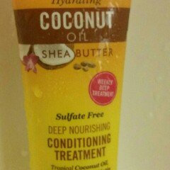 Photo of Marc Anthony True Professional Hydrating Coconut Oil & Shea Butter Deep Nourishing Conditioning Treatment, 1.69 fl oz uploaded by Mileyah L.