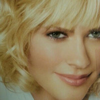 Clairol Nice 'N Easy, 87 Ultra Light Natural Blonde uploaded by Amanda  B.