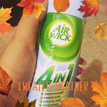 Air Wick 4 in 1 Air Freshener Cool Linen & White Lilac uploaded by Deni R.