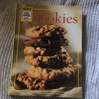 Best-Ever Cookies: Over 200 Luscious Cookies and Other Fabulous Desserts uploaded by Bunseng K.