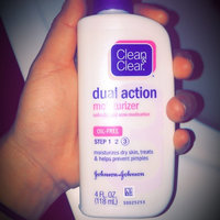 Clean & Clear® Morning Glow Moisturizer uploaded by Jennifer L.