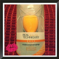 Real Techniques Miracle Complexion Sponge™ uploaded by Lece R.