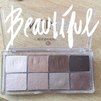 Essence All About Eyeshadow - Nudes - 0.34 oz, Multi-Colored uploaded by María Mirela S.