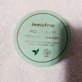Photo of Innisfree No Sebum Mineral Powder 5g uploaded by M B.