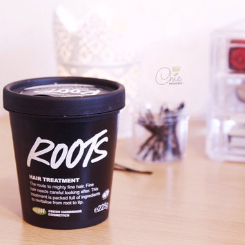 Photo of LUSH Cosmetics Roots Hair Treatment uploaded by Amna A.