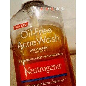 Neutrogena Oil-Free Acne Wash uploaded by Marionette D.