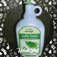 Village Naturals Bath Shoppe White Tea and Jasmine Foaming Milk Bath uploaded by Linda W.