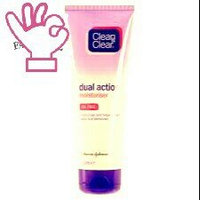 Clean & Clear Dual Action Moisturizer uploaded by Inaya Z.