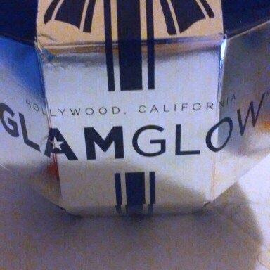 GLAMGLOW Giftsexy Ultimate Anti-Aging Set uploaded by tehila r.