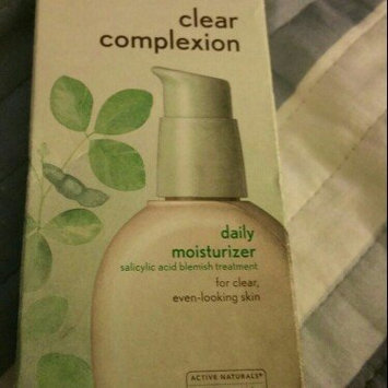 Photo of Aveeno® Clear Complexion Daily Moisturizer uploaded by Diana F.