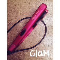 NuMe Silhouette 100% Ceramic Flat Iron uploaded by Mayra C.