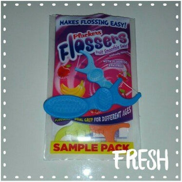 Plackers Dual Grip Fruit Smoothie Swirl Kid's Flossers uploaded by Chely G.