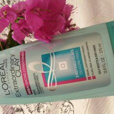 L'Oréal Paris Hair Expert Extraordinary Clay Conditioner uploaded by Idania M.
