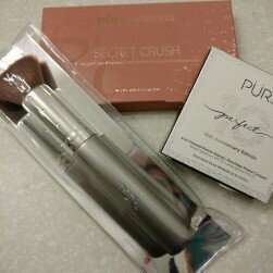 Pur Minerals 4-In-1 Pressed Mineral Makeup uploaded by Jessica B.