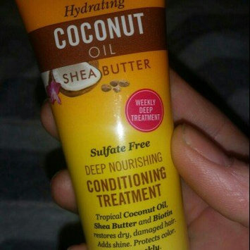 Photo of Marc Anthony True Professional Hydrating Coconut Oil & Shea Butter Deep Nourishing Conditioning Treatment, 1.69 fl oz uploaded by Ashley S.