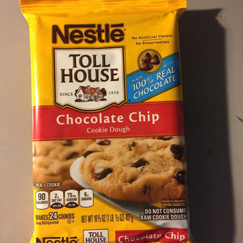 Photo of Nestlé® Toll House® Refrigerated Chocolate Chip Cookie Bar Dough uploaded by Daisy G.