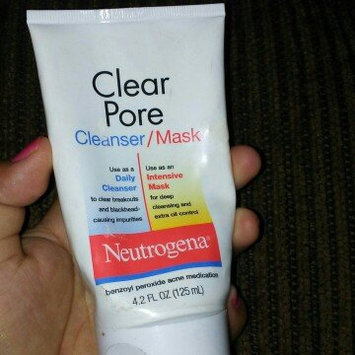 Photo of Neutrogena® Clear Pore Cleanser/Mask uploaded by Marie R.