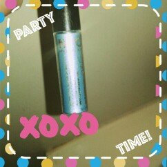 Photo of N.Y.C. New York Color Sparkle Eye Dust uploaded by Autumn K.