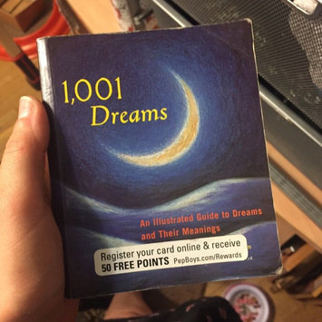 Photo of 1,001 Dreams: An Illustrated Guide to Dreams and Their Meanings uploaded by Lyndley H.