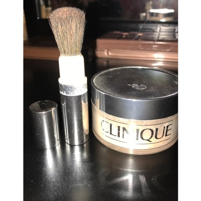 Clinique - Blended Face Powder + Brush - No. 04 Transparency 35g/1.2oz uploaded by dahlia m.