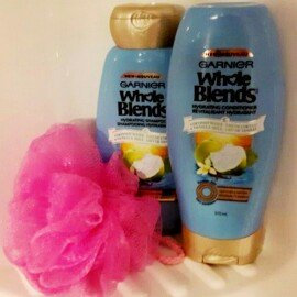 Photo of Garnier Whole Blends™ Hydrating Shampoo with Coconut Water & Vanilla Milk Extracts uploaded by Nici d.