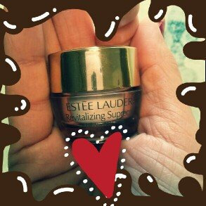 Estee Lauder Revitalizing Supreme Global Anti-Aging Creme uploaded by Christina C.