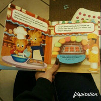 Merry Christmas, Daniel Tiger!: A Lift-the-Flap Book uploaded by Angelina A.