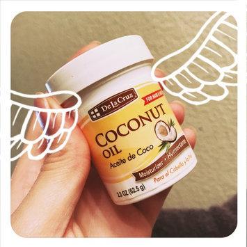 Photo of De La Cruz Products Inc De La Cruz Aceite De Coco Humectante Coconut 2.2 Ounce Jar uploaded by Olga Janeth O.