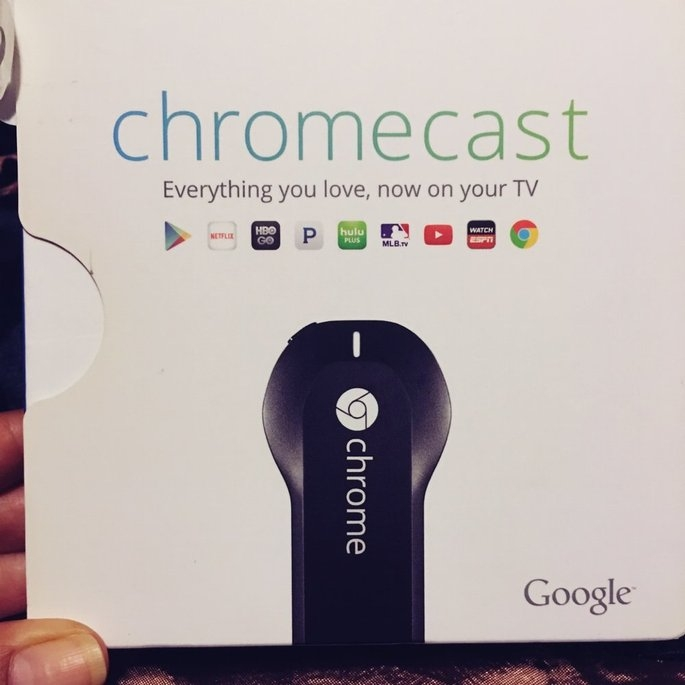 Chromecast uploaded by Nelly l.