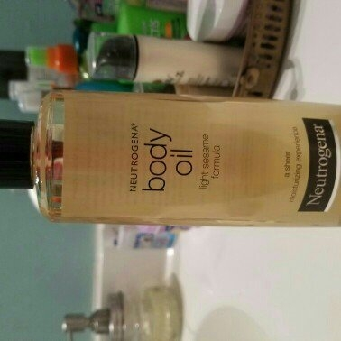 Neutrogena Light Sesame Formula Body Oil uploaded by Melissa T.