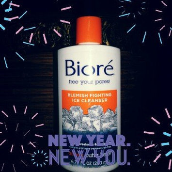 Bioré Blemish Fighting Ice Cleanser uploaded by Brooke P.