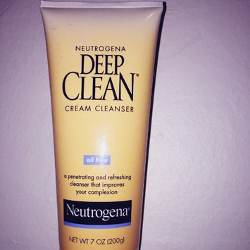 Photo of Neutrogena Deep Clean Cream Cleanser uploaded by LoveTheGlam A.
