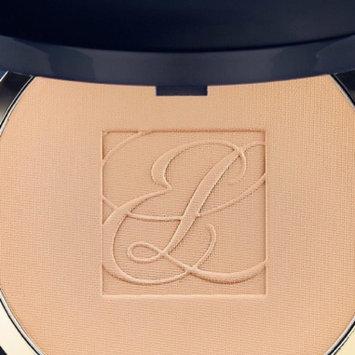 Photo of Estée Lauder Double Wear Stay-in-Place Powder Makeup uploaded by Gloria S.