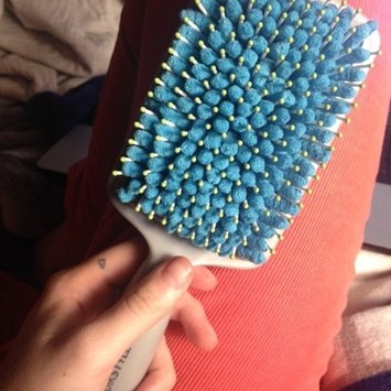Goody® QuikStyle Paddle Brush uploaded by Laura R.